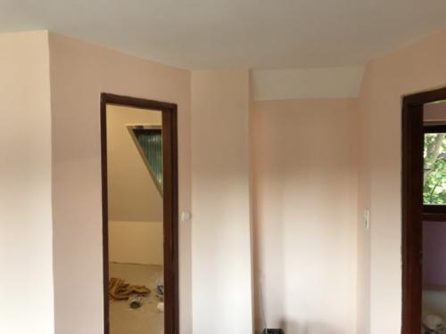 Lakásfelújítás, Szobafestés, glettelés festés, ajtok ablakok lazúrozássa.